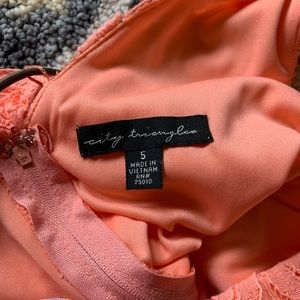 City Triangles Dresses - NWT Peach Lace Dress